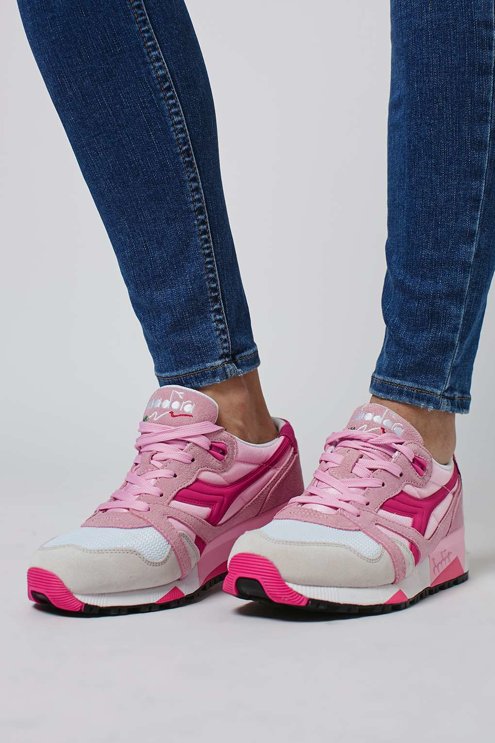 Clearance Good Selling Diadora N9000 NYL women's Shoes (Trainers) in Pay With Visa Sale Online Sale 2018 Cheap Sale Many Kinds Of Genuine VQX0aC