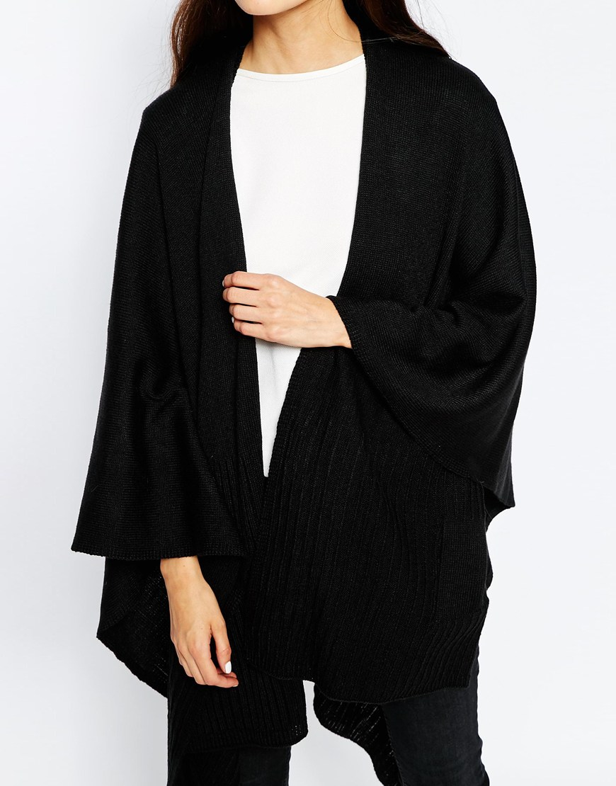 Vero moda Knitted Kimono Sleeve Cape in Black | Lyst