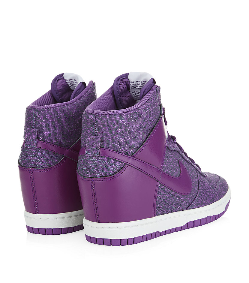 timeless design 8fd52 c1a5d Gallery. Previously sold at  Harrods · Women s Nike Dunk Women s Nike Dunk  Sky Hi