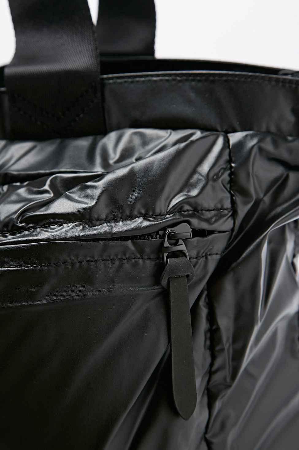 6a9a451bc02b Nike Metallic London Tote Bag In Black in Black - Lyst