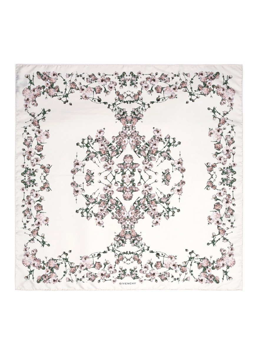 Givenchy Baby's Breath Floral Print Silk Scarf in White | Lyst