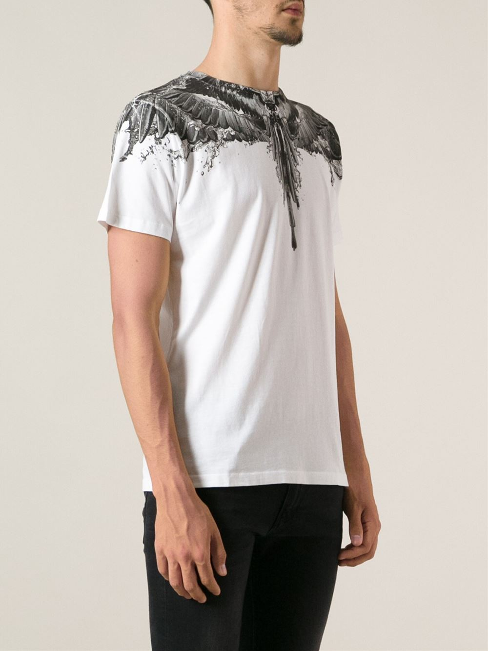 Lyst marcelo burlon contrasted insect print collar for Collar t shirt printing