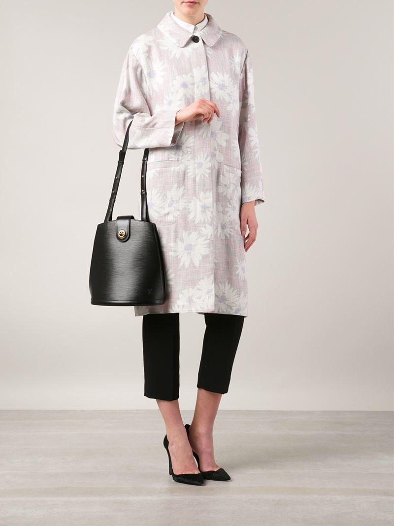 c8659074eec0 Lyst - Louis Vuitton  cluny  Shoulder Bag in Black