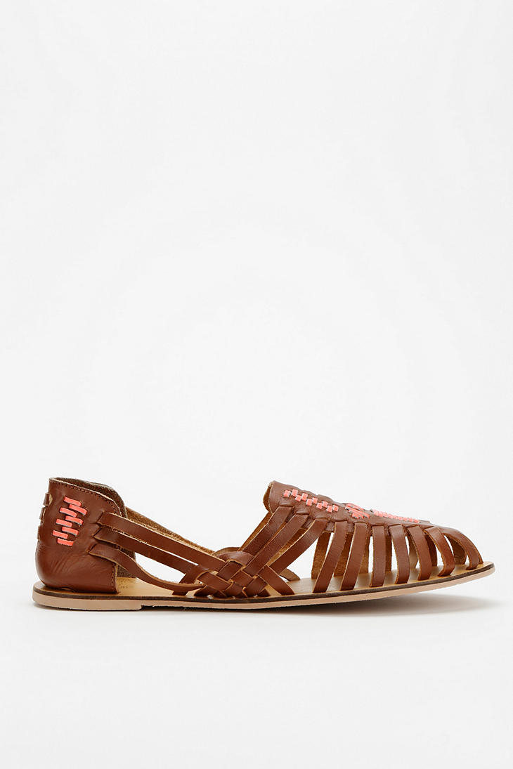 bffb7241ceb1 Lyst - Urban Outfitters Ecote Leather Huarache Sandal in Brown
