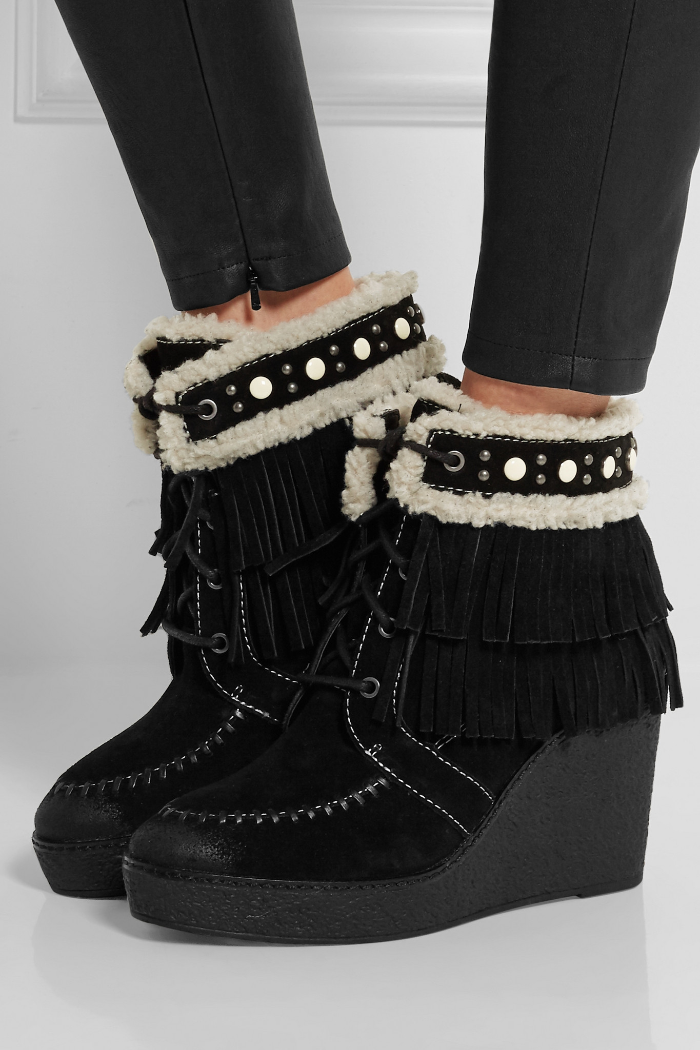 08695e11b Lyst - Sam Edelman Kemper Faux Shearling-lined Fringed Suede Wedge ...