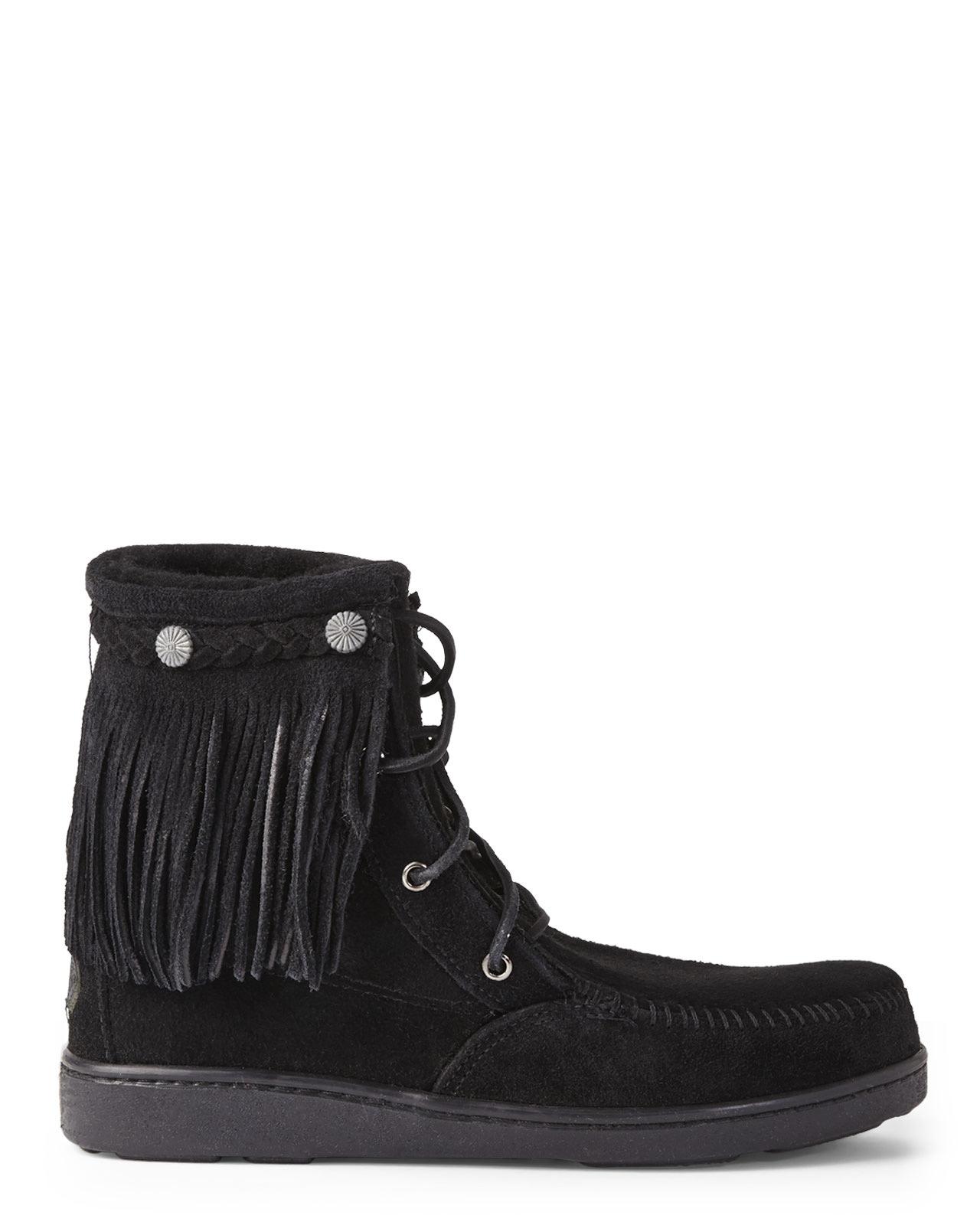 minnetonka black trer fringe boots in black lyst