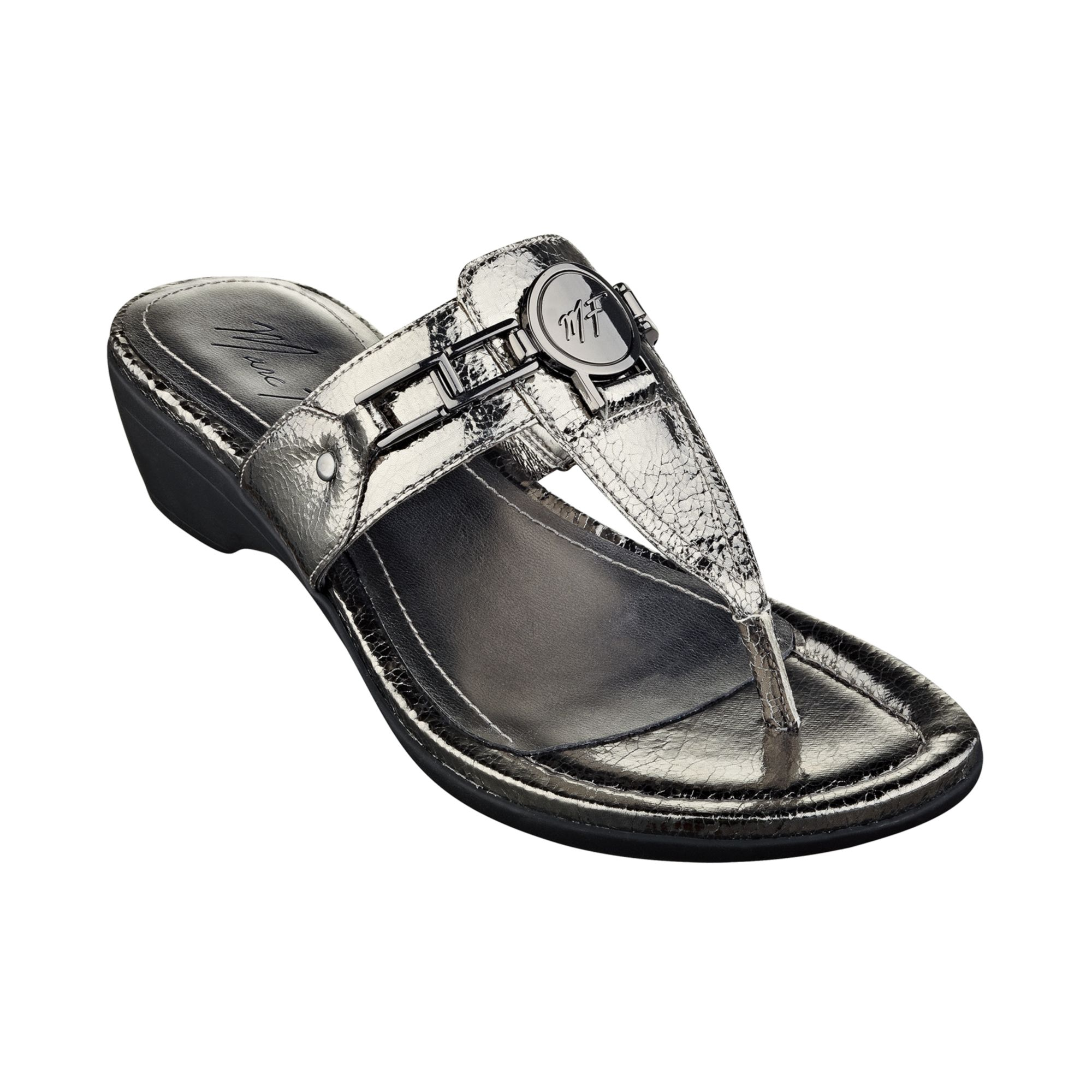 Marc Fisher Amina Thong Sandals In Silver Silver Crackle