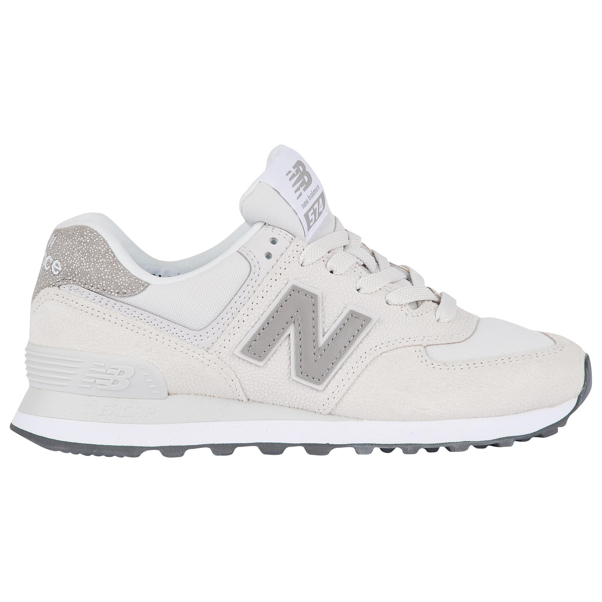 on sale 23bfe 8fe97 New Balance 574 Classic in White - Lyst