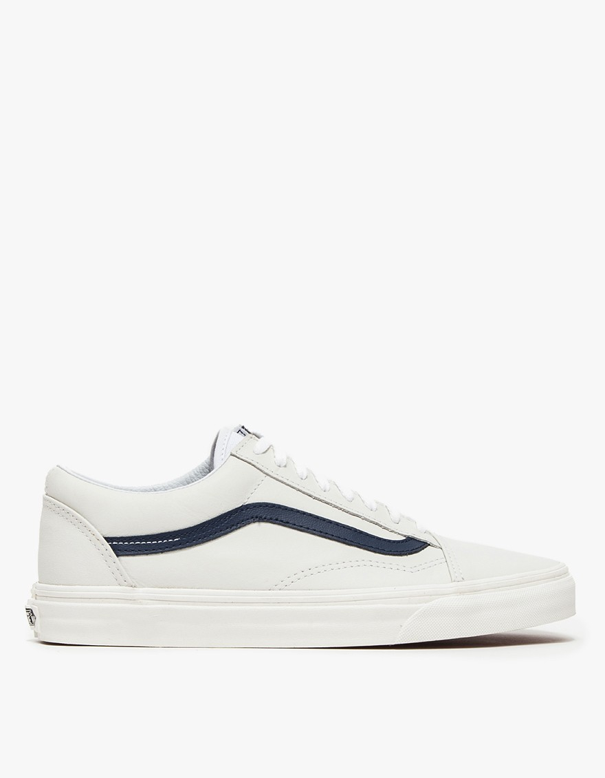 6cad02c5f8 Lyst - Vans Old Skool In Matte Leather in White for Men