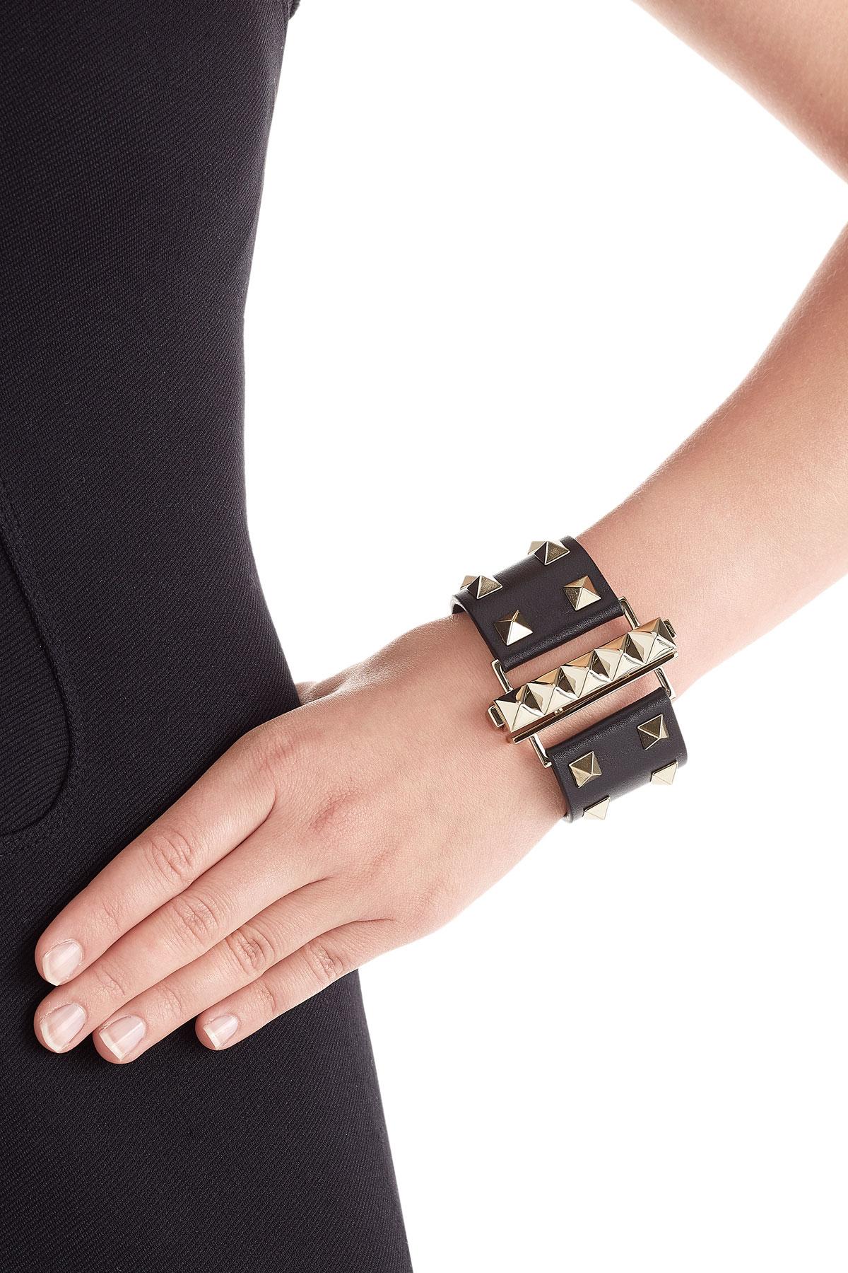 Valentino Rockstud Leather Cuff Bracelet r52eB