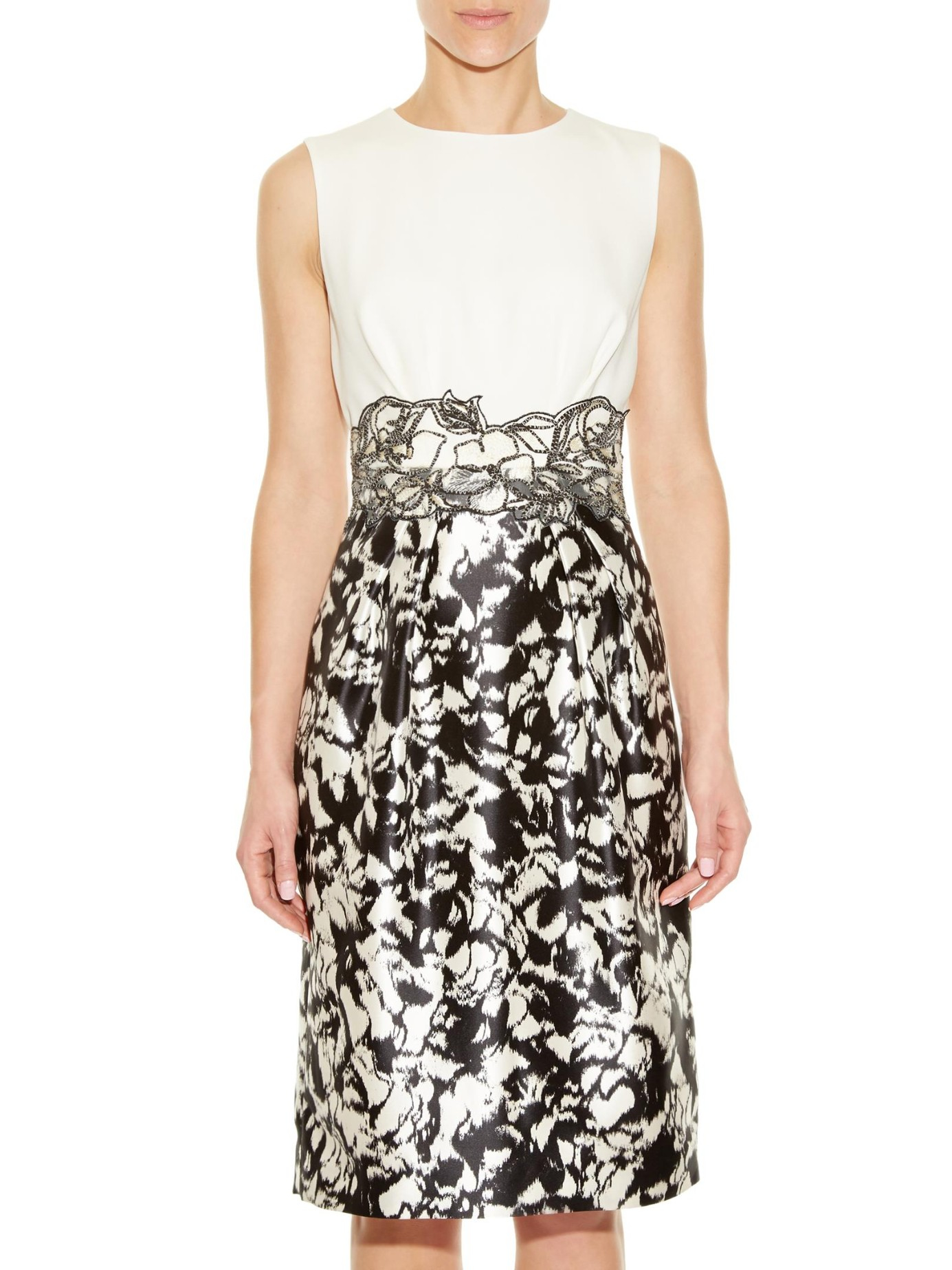 Max mara elegante Amarena Dress in Black