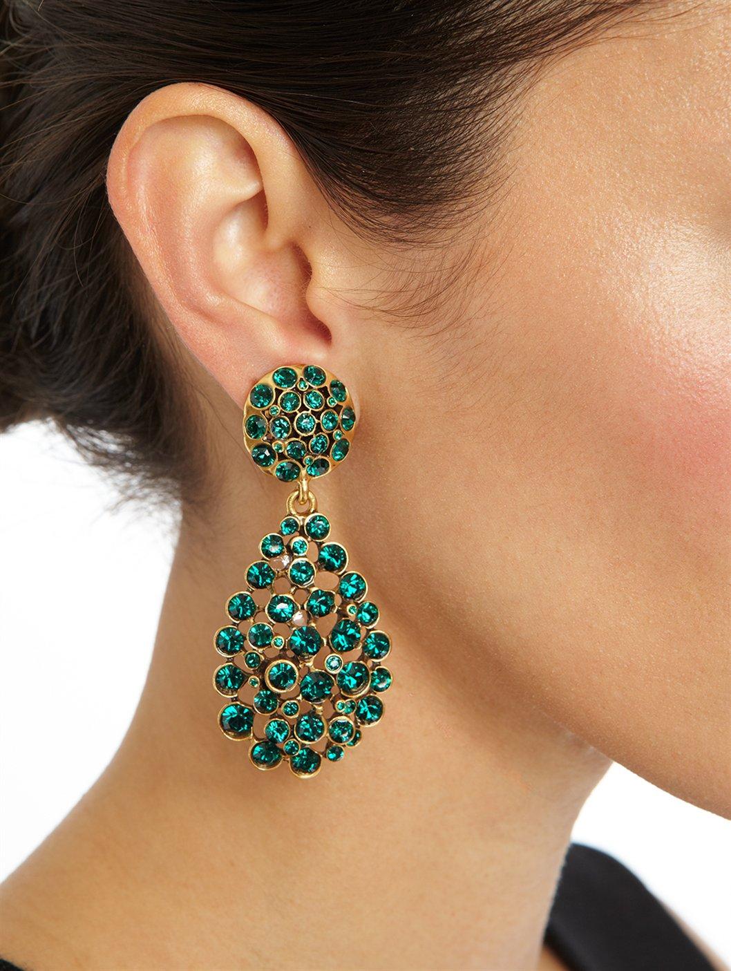 Oscar de la Renta Large Impatiens goldtone resin clip earrings Gold Women  ...