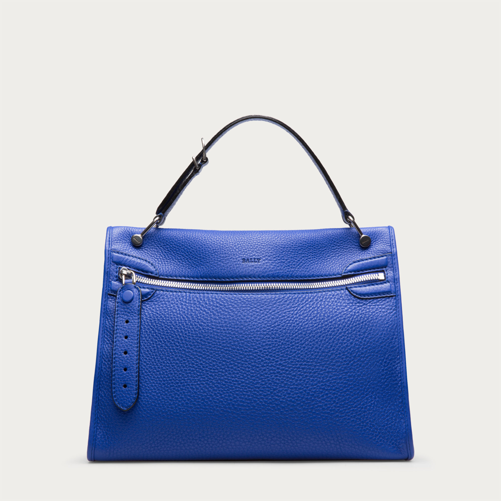 Creative Bally Will Have Exclusive Use Of Zaglianis Milan Atelier, Which Houses 30 Artisans Recognized For Their Technical Knowhow With Soft, Luxury Leathers And Exotic Skins The Production Of Zagliani Branded Bags Will Be Paused As A Result Our