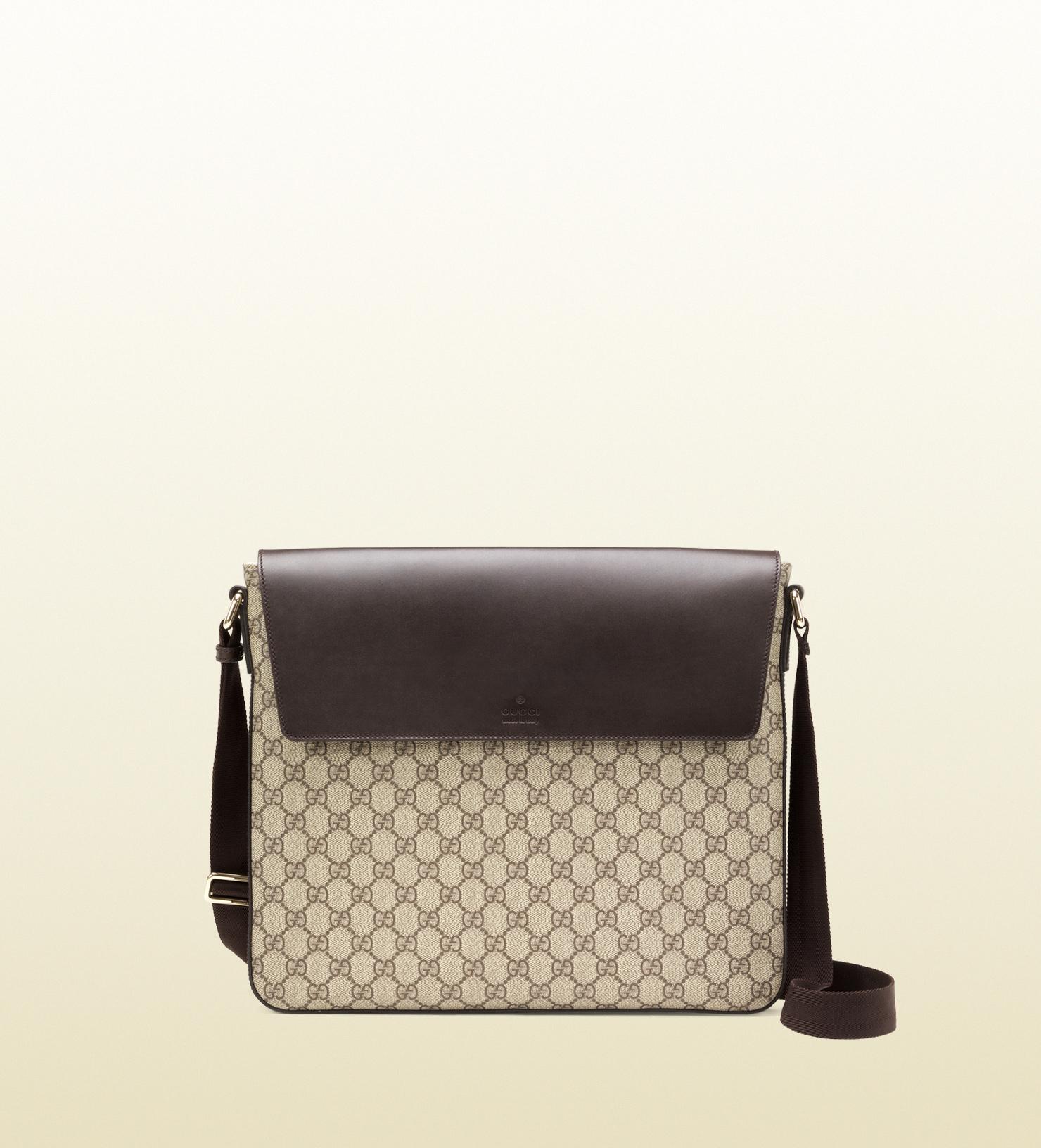 670c97049ac2 Lyst - Gucci Gg Supreme Canvas Messenger Bag in Black for Men