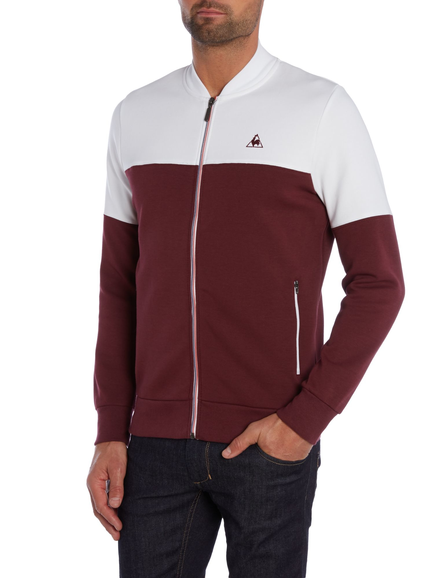 le coq sportif graphic crew neck pull over jumpers in red. Black Bedroom Furniture Sets. Home Design Ideas