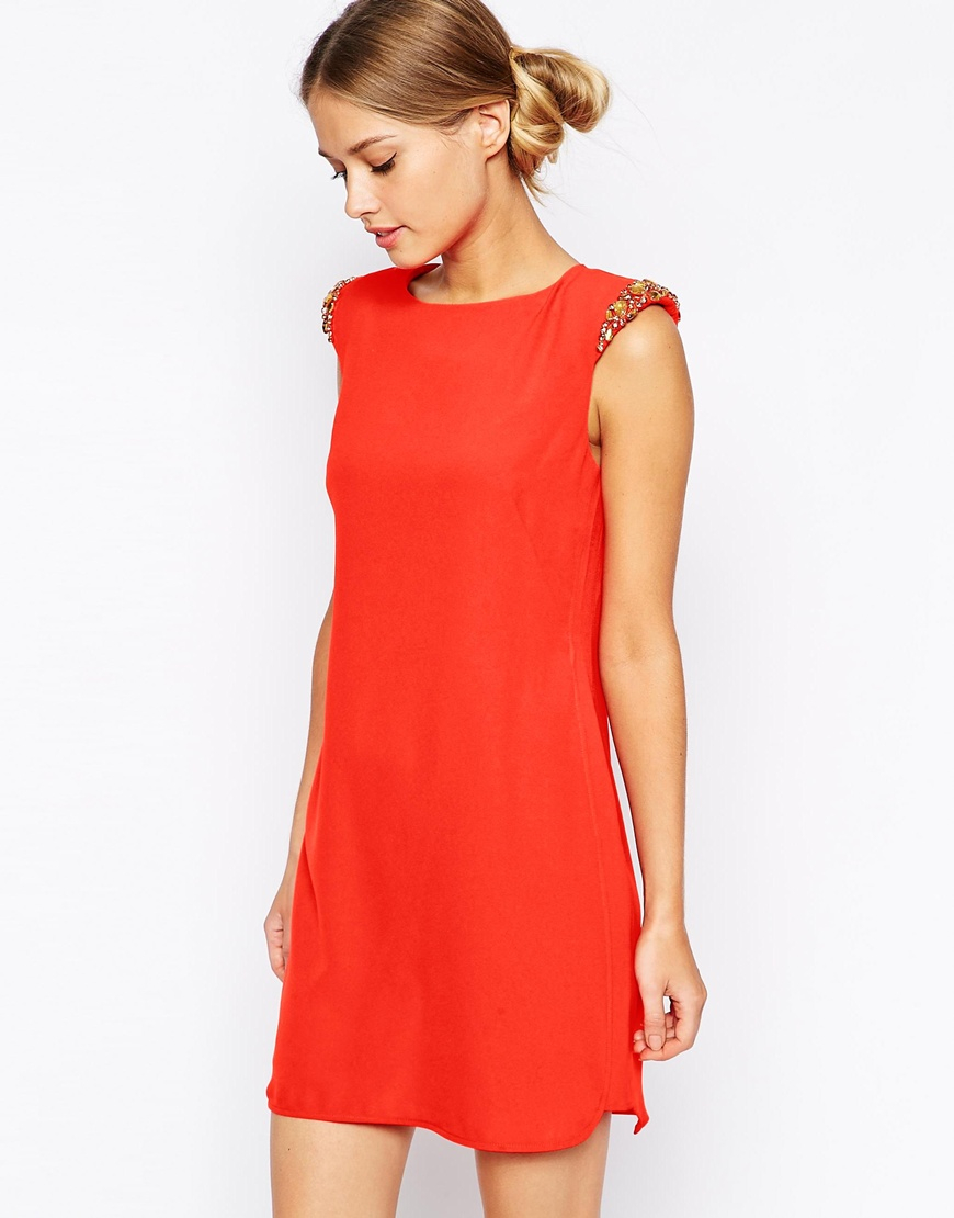f6bf7eb0ba2bcc Lyst - Ted Baker Shift Dress With Embellished Shoulder Detail in Red