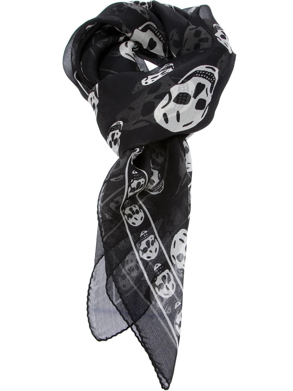 mcqueen skull scarf in black for lyst