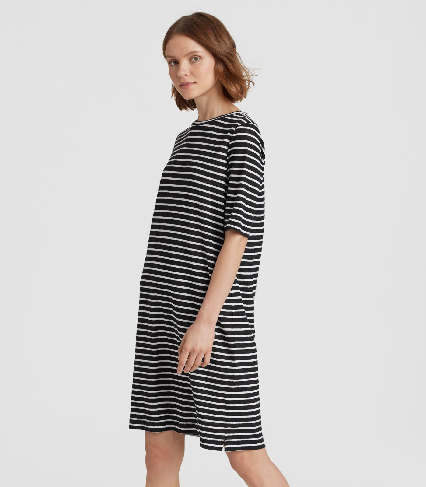 ceabb41265 Gallery. Previously sold at  Eileen Fisher · Women s Jersey Dresses ...