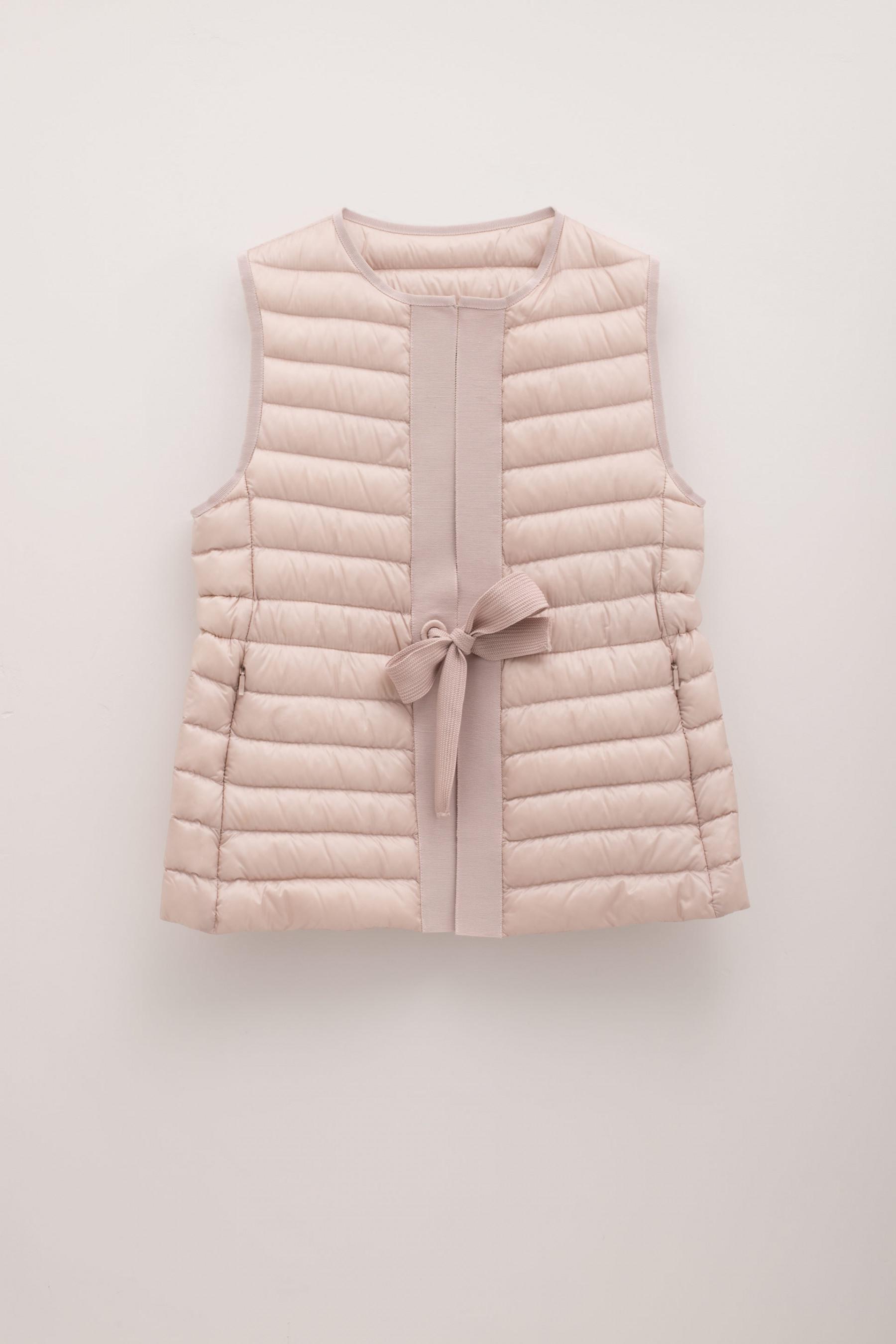 43c02f56348 switzerland moncler vest pink website victoria 6ad0a 90d25