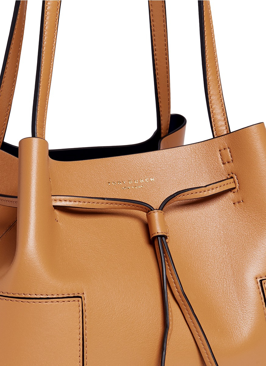 ebdc0356c9c Lyst - Tory Burch  block-t  Leather Bucket Tote in Brown