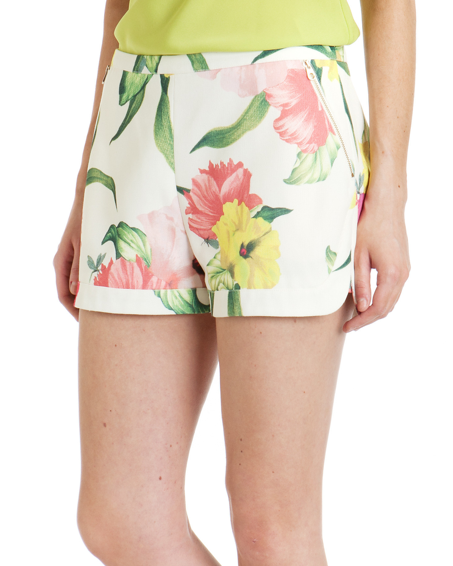 64193530f Ted Baker Jarah Flowers At High Tea Shorts - Lyst