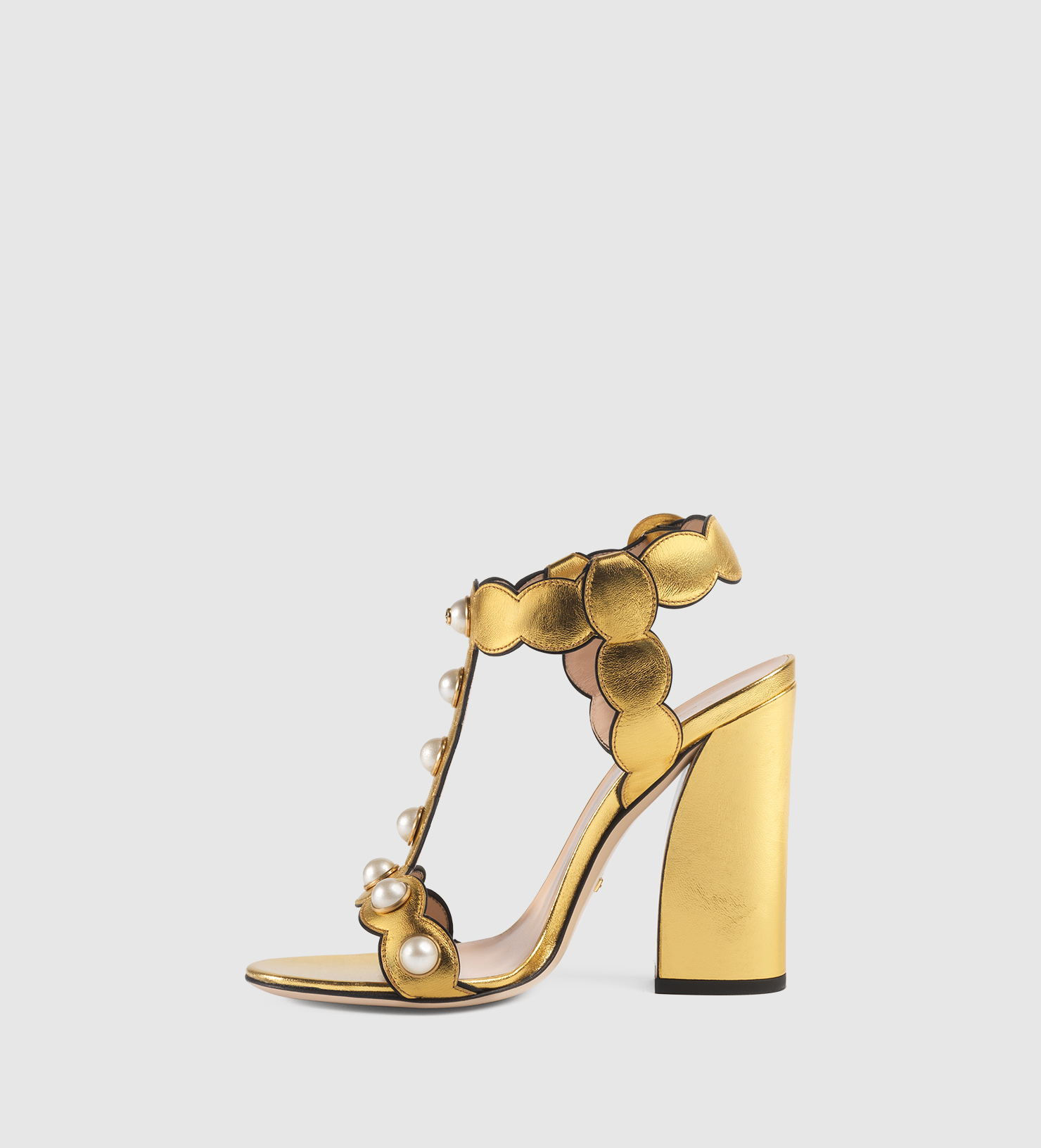 682cc65fa Gucci Willow Leather T-strap Sandal in Metallic - Lyst