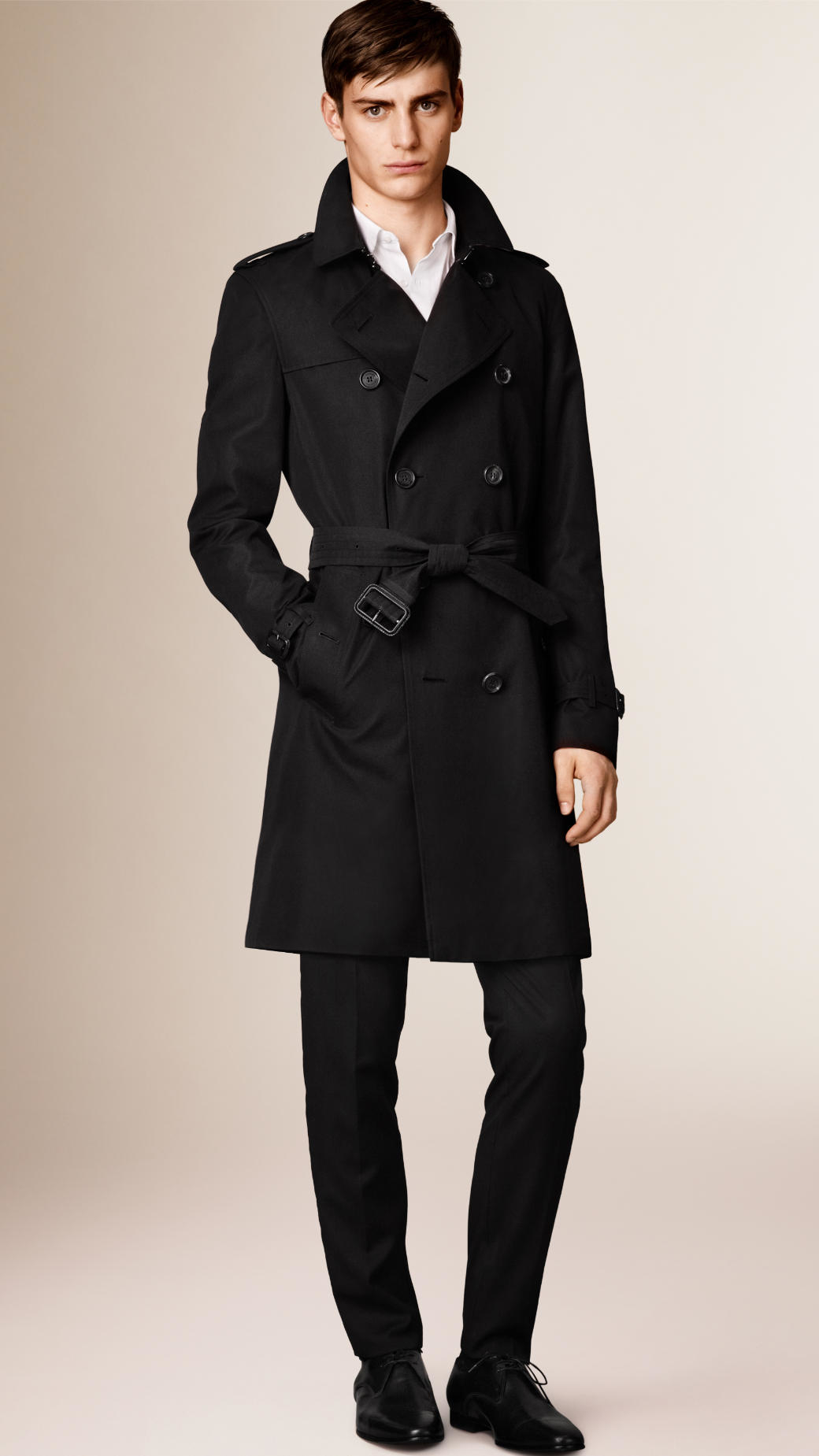 Burberry The Kensington Long Heritage Trench Coat In
