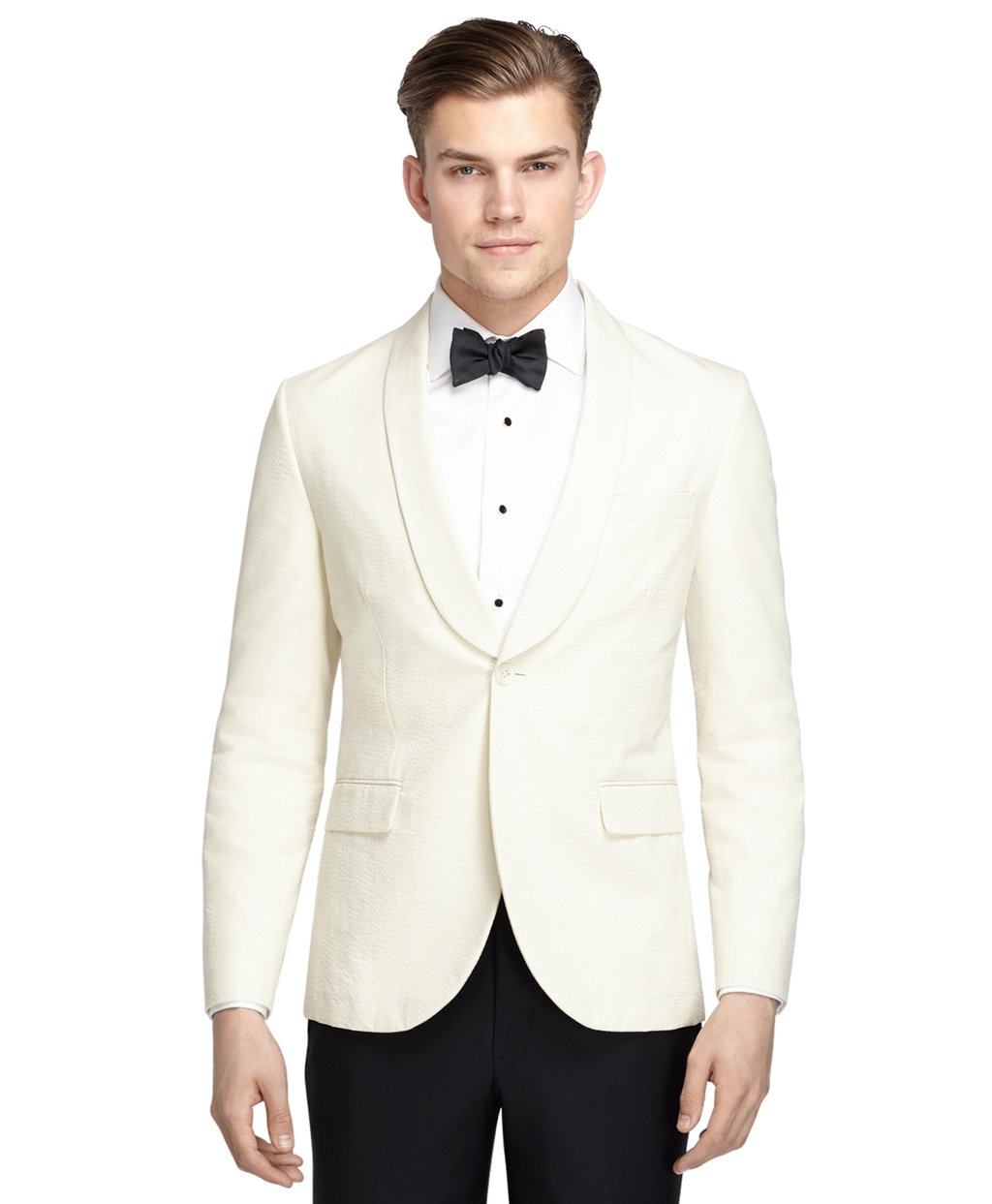 Fashionable Dinner Jackets for Men Fashionable Options in Dinner Jackets Stylish dinner jackets are perfect for men who want to wow everyone at the table. If you're on the lookout for a dazzling white dinner jacket sale on the Internet, MensItaly is here to accommodate you fully.