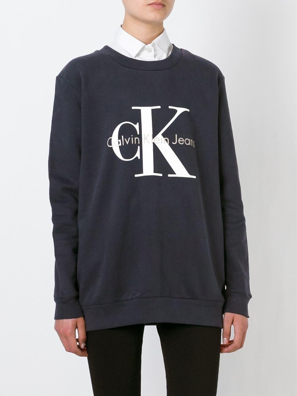 calvin klein jeans logo print sweatshirt in blue lyst. Black Bedroom Furniture Sets. Home Design Ideas