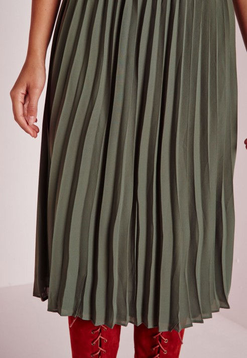Missguided Pleated Midi Skirt Khaki in Natural | Lyst