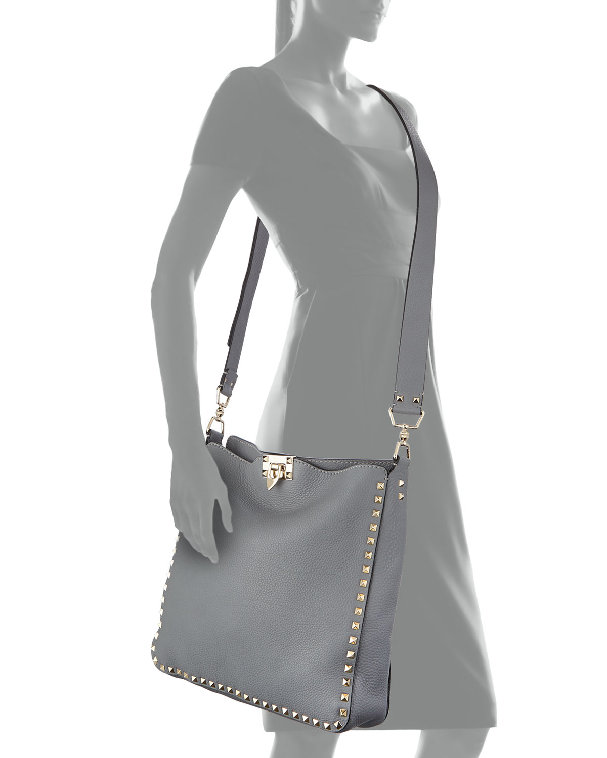 cdc4eb1a89 Valentino Rockstud Pebbled Leather Messenger Bag in Gray - Lyst