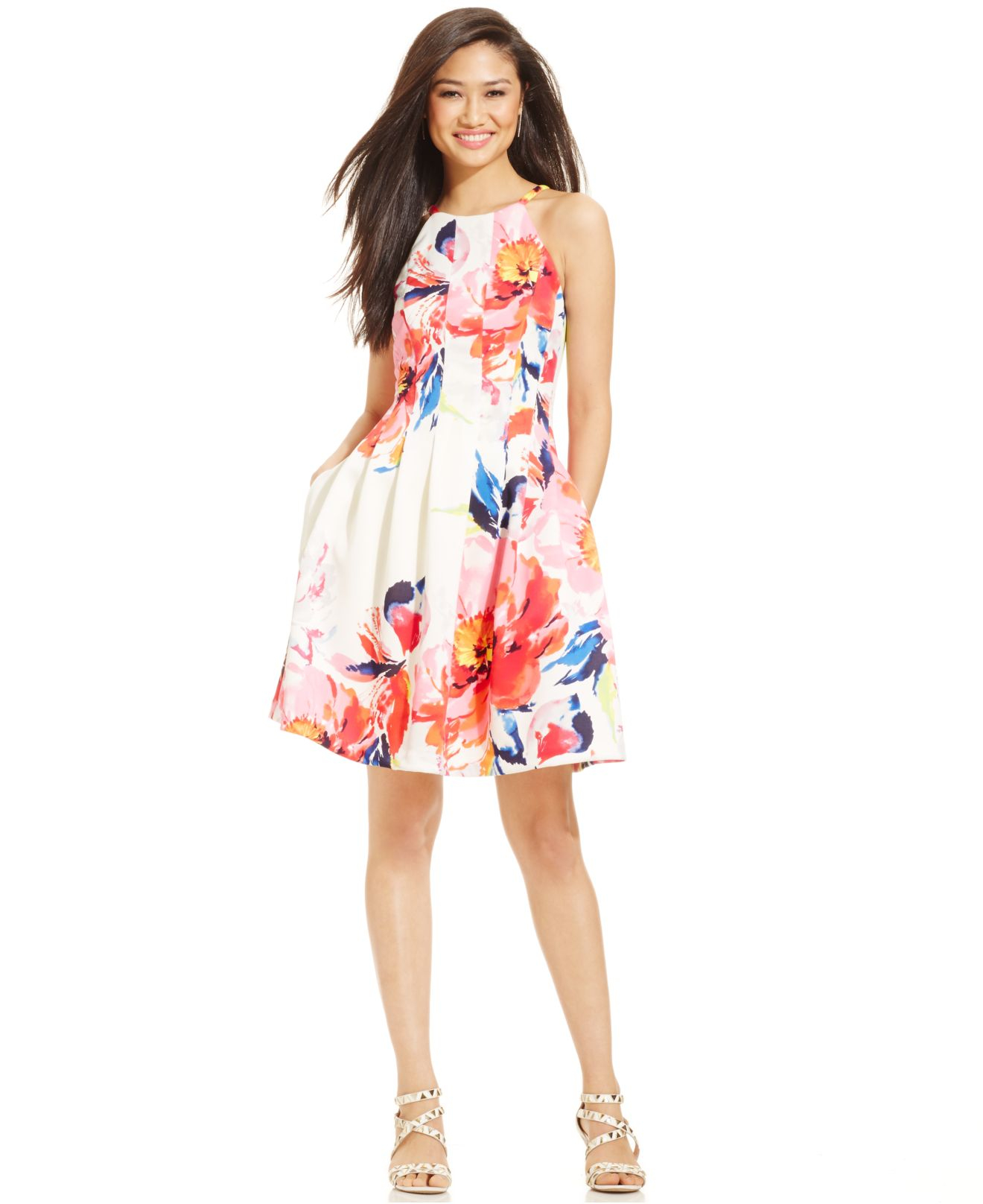 6c9959c9c99b Lyst - Vince Camuto Floral-print Seamed Scuba Dress in Pink