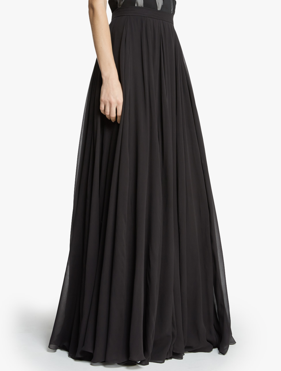 The basic black maxi skirt you've been looking for! Super comfortable with hidden pockets!