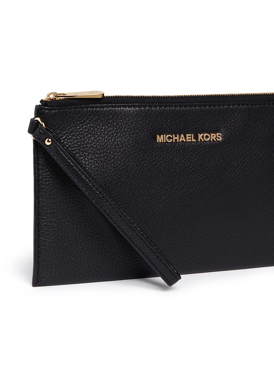 michael kors 39 bedford 39 zip clutch in black lyst. Black Bedroom Furniture Sets. Home Design Ideas