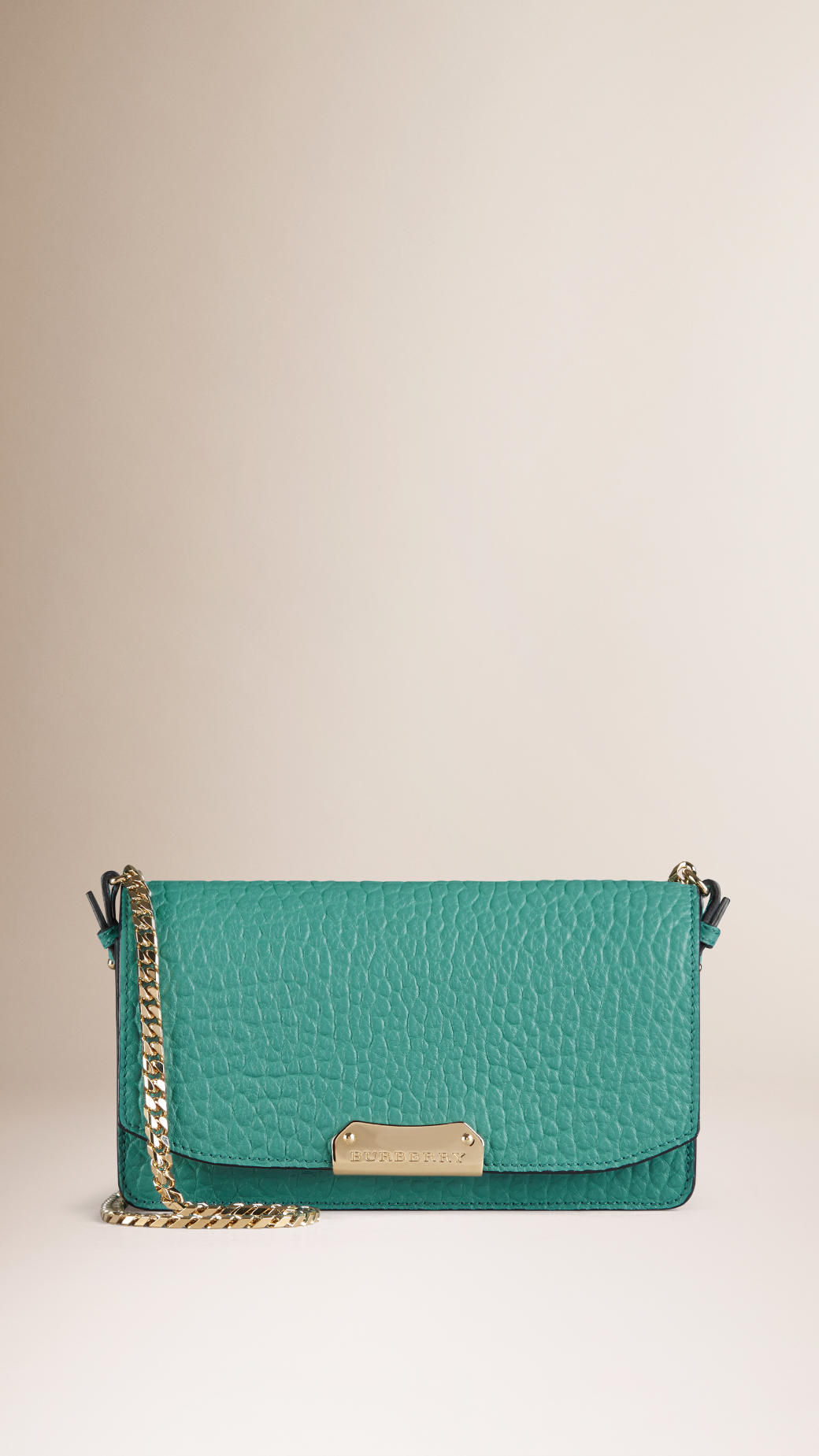 iv sen loren bags - Burberry Small Signature Grain Leather Clutch Bag With Chain in ...