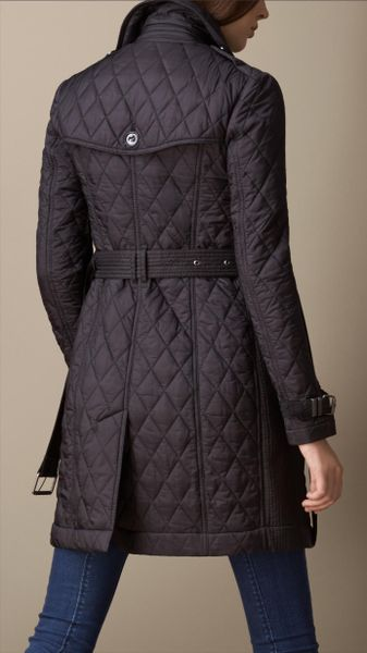 Burberry Mid Length Diamond Quilt Trench Coat In Black Lyst