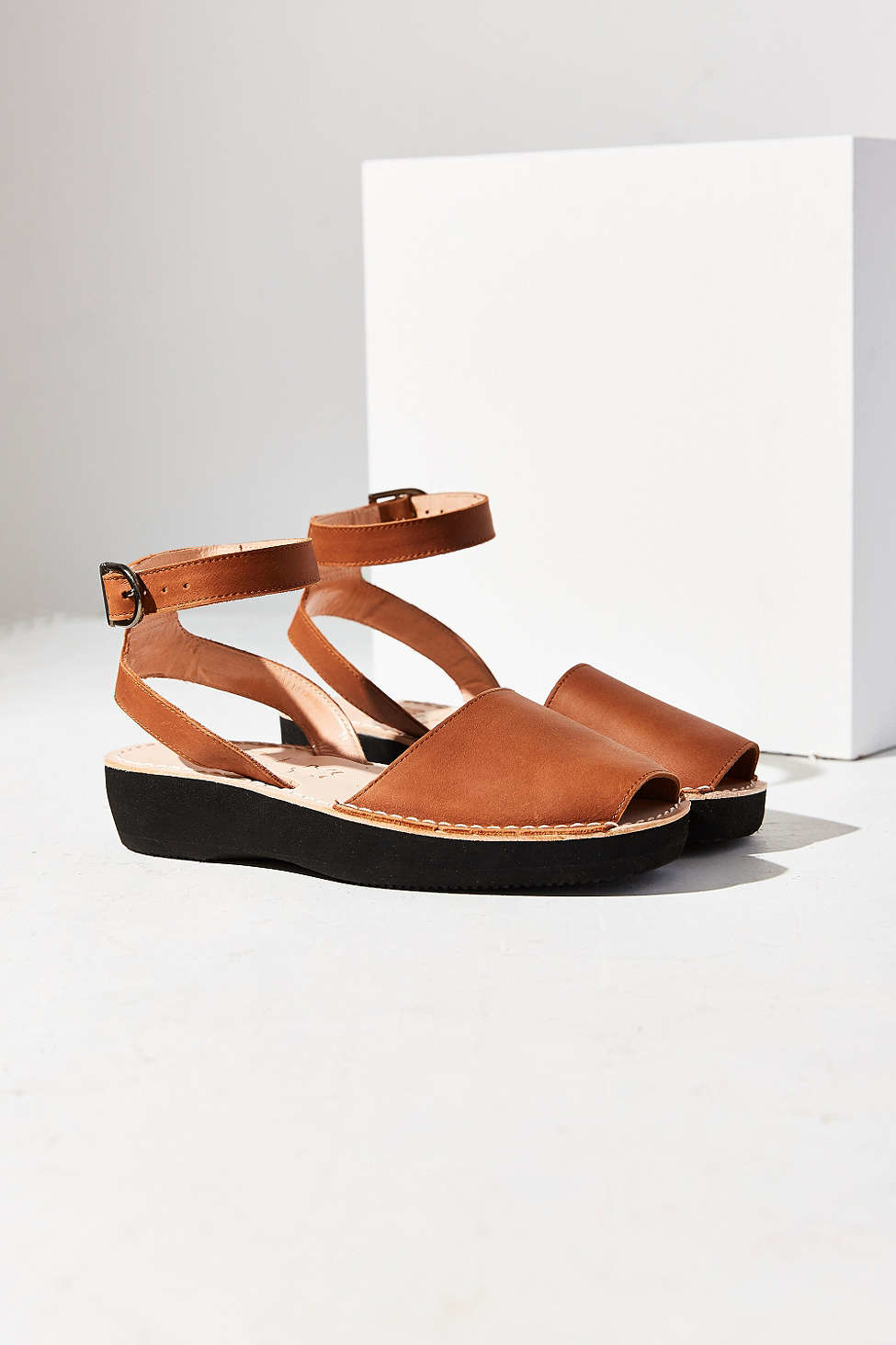 Pons Avarcas Mediterranean Platform Sandal In Brown Lyst