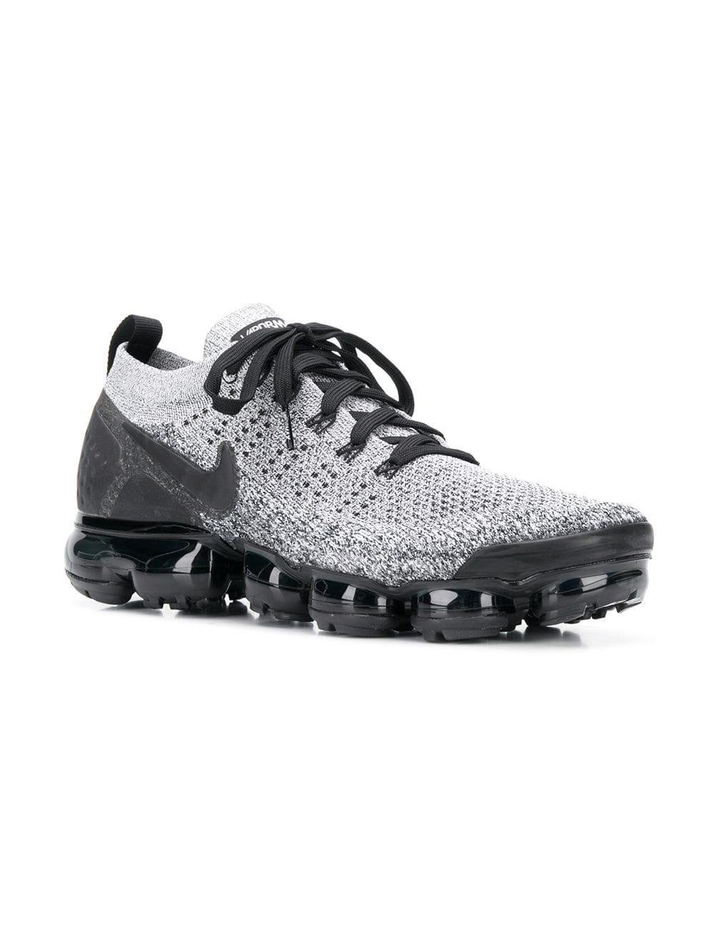 cheap for discount 3e6de b8b35 Nike Air Vapormax Flyknit 2 Sneakers in Black for Men - Save