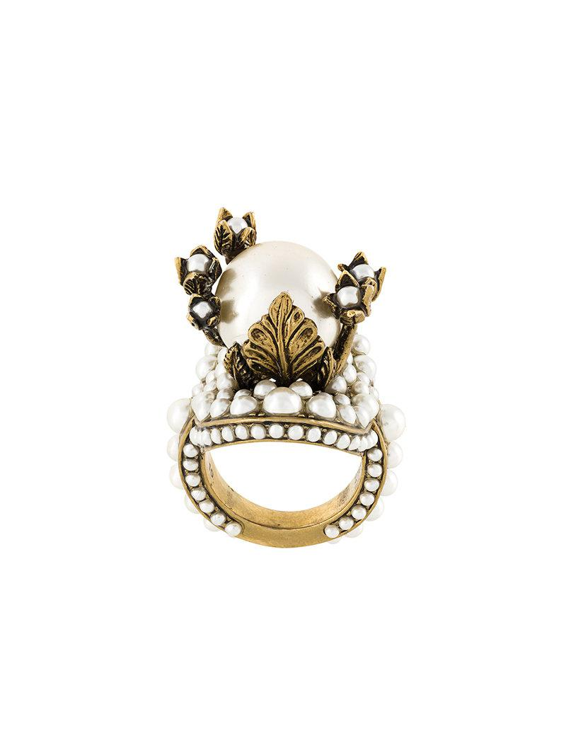 Lyst - Gucci Flower Ring With Glass Pearls in Metallic