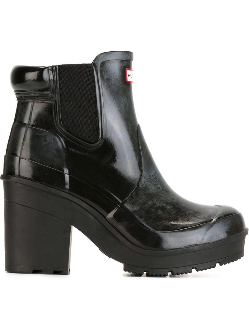 hunter block heel chelsea boots in black save 31 lyst. Black Bedroom Furniture Sets. Home Design Ideas