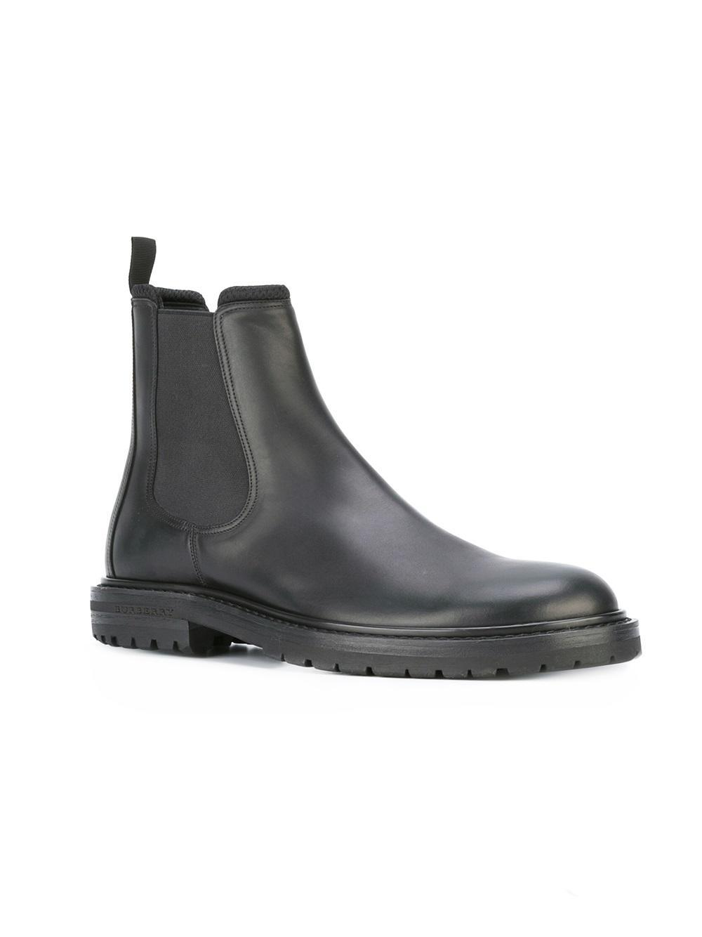 burberry classic leather chelsea boots in black for lyst