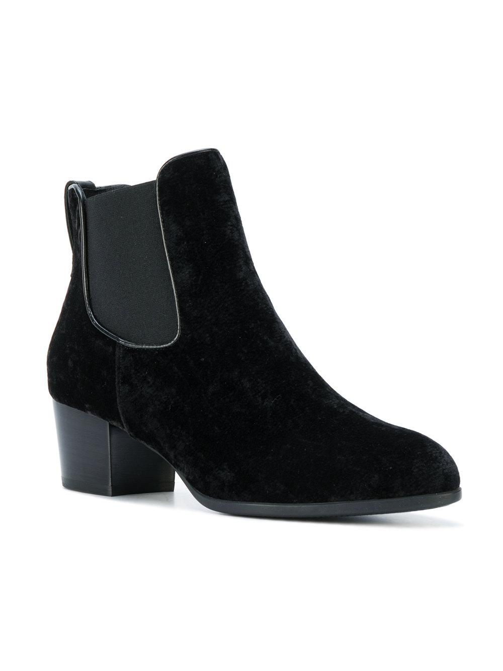 Store Hogan Chelsea Ankle Boots Buy Cheap Inexpensive New Styles PaaqSoMel