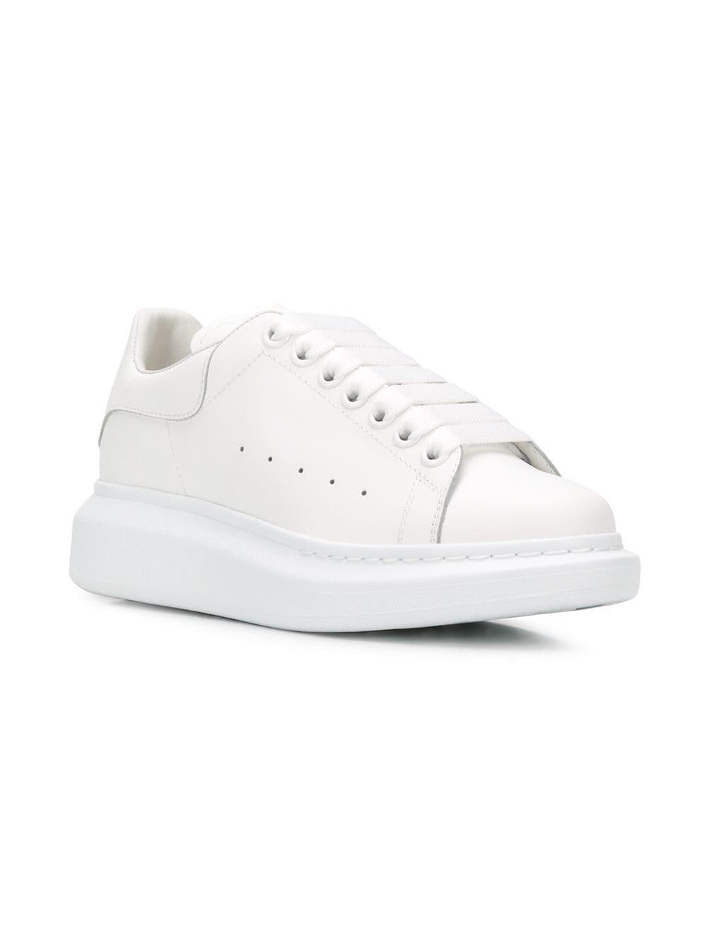 service durable comment choisir vraiment à l'aise Alexander McQueen White Oversized Sole Sneakers