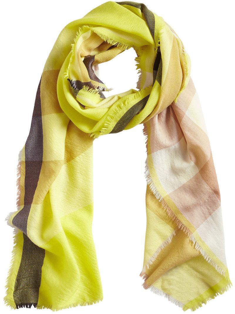 Lyst - Écharpe en cachemire à carreaux Burberry en coloris Jaune d25aa42d7d5