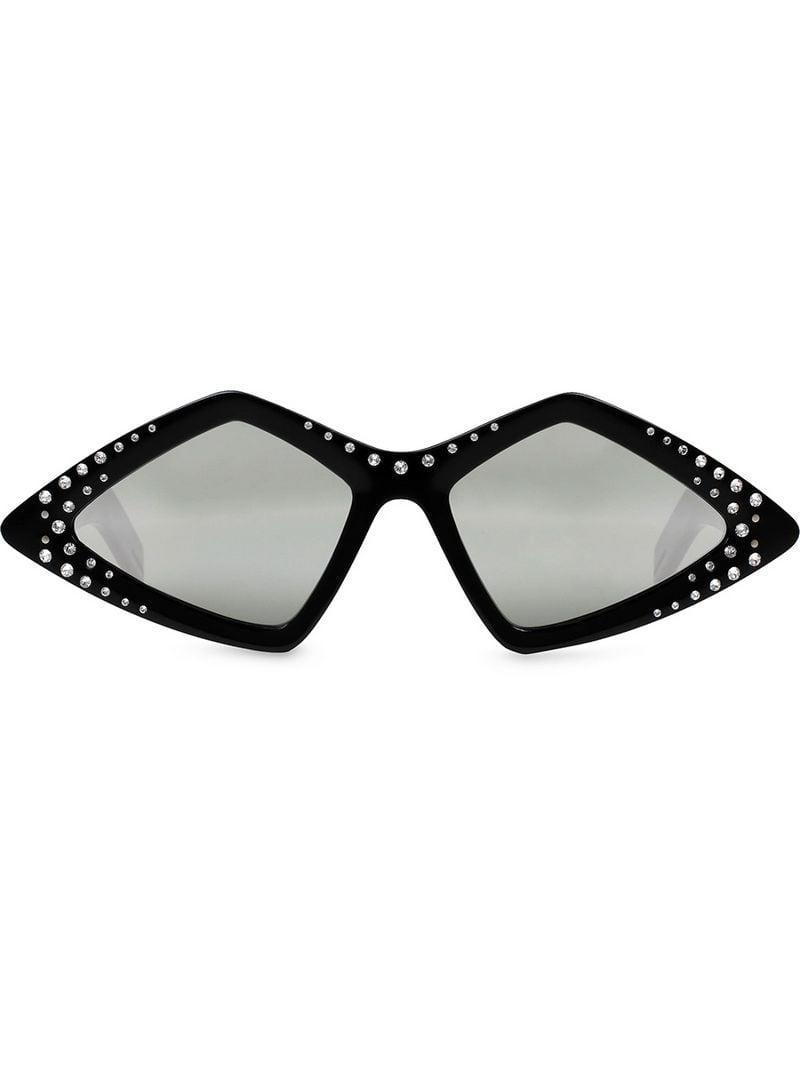 a245924cf6f Lyst - Gafas de sol con montura en forma de diamante con cristales ...