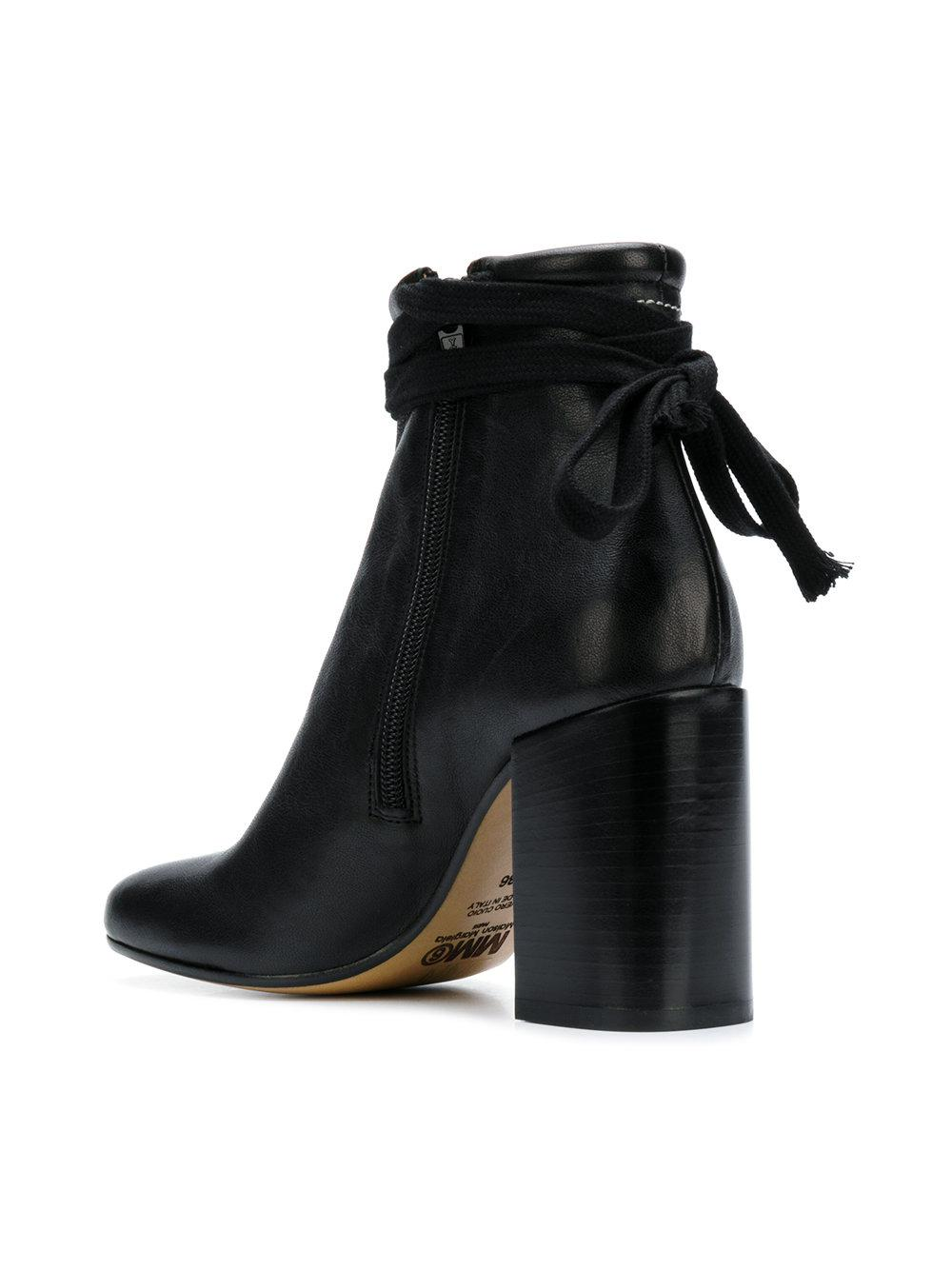 7539307b2ba2 Gallery. Previously sold at  Farfetch · Women s Frye Pia Women s Wedge  Ankle Booties ...