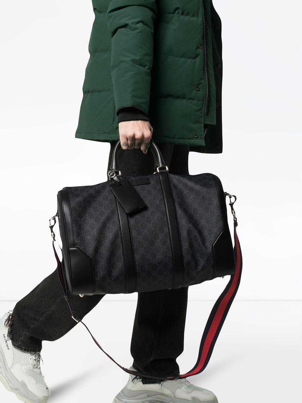 Lyst - Sac fourre-tout Suprême GG Gucci pour homme en coloris Noir ... a7f27d08bdd