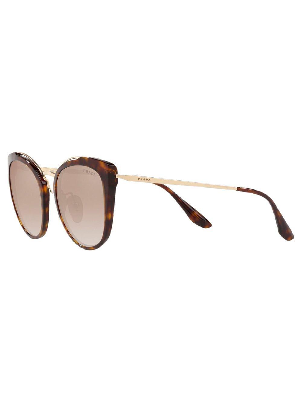 f43407cfc Prada Óculos De Sol Pr 20us in Brown - Lyst