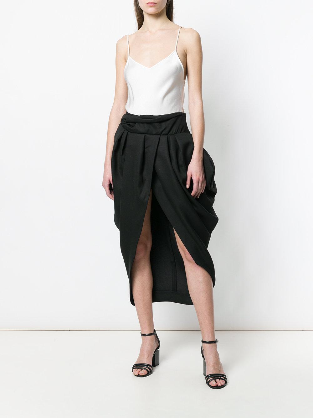 Lyst - Jupe mi-longue drapée Jacquemus en coloris Noir 31250b7eede3