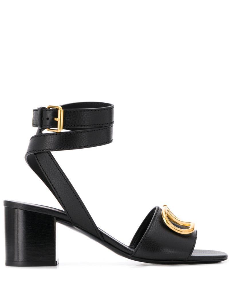 3a572cc99bc7 Lyst - Valentino Garavani Grainy Cowhide Sandals in Black